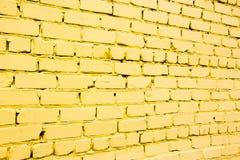 Желтая кирпичная стена Стоковые Изображения RF