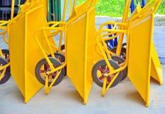 Желтая тележка цемента, положила совместно Стоковые Изображения RF