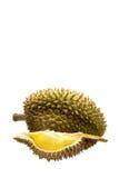 Желтая часть дуриана с зеленым цветом и коричневый цвет слезают, и все одно при острая задняя часть терния дальше, изолированная  Стоковая Фотография RF