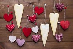Желтые и красные сердца для валентинок Daecoration Стоковые Изображения RF