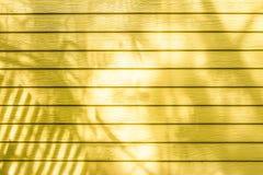 Желтые стены сделанные из древесины Стоковое Изображение RF
