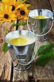Желтые душистые свечи Стоковые Изображения