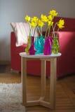 Желтые daffodils в интерьере Стоковые Фото