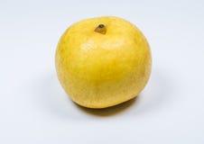 Желтый азиатский плодоовощ груши на белой предпосылке Стоковая Фотография RF