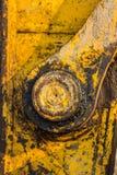 желтый затяжелитель backhoe на строительной площадке и работе стоковое изображение rf