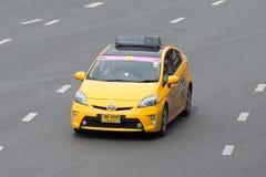 Желтый метр такси Тойота Prius Стоковые Изображения RF