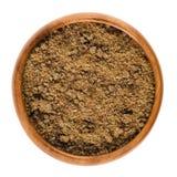 Желтый сахарный песок Muscovado в деревянном шаре над белизной Стоковая Фотография