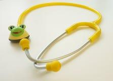 Желтый стетоскоп Стоковые Изображения RF