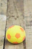 Желтый футбол Стоковые Изображения RF
