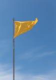Желтый флаг, купать опасный Стоковое Изображение RF