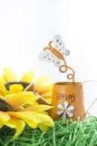 желтый цвет весны лужка одуванчиков предпосылки полный Стоковое Изображение RF