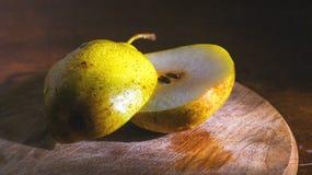 Желтый цвет груши Стоковое Фото