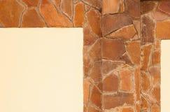 желтый цвет каменной стены кирпича предпосылки Стоковое Изображение