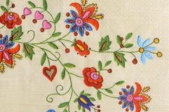 желтый цвет картины сердца цветков падения бабочки флористический Стоковые Фотографии RF