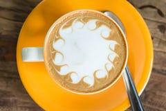 желтый цвет кофейной чашки Стоковая Фотография RF