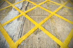 Желтый цвет на улице Стоковая Фотография RF