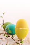 желтый цвет пасхального яйца Стоковое Фото
