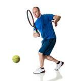 желтый цвет тенниса неба ракетки конкуренции шарика действия голубой стоковые фотографии rf