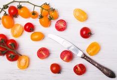 желтый цвет томатов красного цвета вишни Стоковые Изображения
