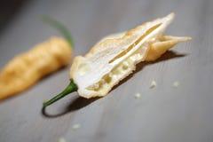 Желтый цвет jolokia Naga Стоковые Фото