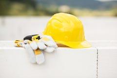 Желтый шлем Стоковые Изображения