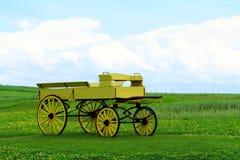Желтый buckboard стоковая фотография rf