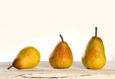 3 желтых груши Стоковые Фотографии RF