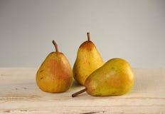 3 желтых груши Стоковые Изображения RF