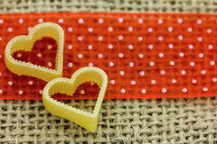 2 желтых сердца Стоковая Фотография RF