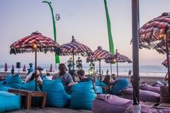 Живая музыка на баре пляжа Legian Стоковое Изображение