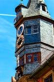 Живописная новая ратуша в Ochsenfurt около Wuerzburg, Германии Стоковая Фотография
