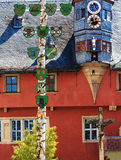 Живописная новая ратуша в Ochsenfurt около Wuerzburg, Германии Стоковое Фото