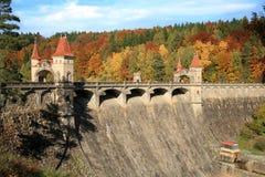 Живописная осень. Запруда Les Kralovstvi в Bila Tremesna, чехии Стоковая Фотография RF