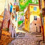 Живописная улица в старом городке Kotor Стоковые Изображения