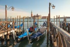 Живописные и романтичные городские пейзажи Венеции Стоковое Изображение RF