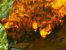 Живописные характеристики karst загоренные в пещере, grotte Postojna стоковое фото rf
