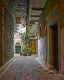 Живописный взгляд ночи переулка, остров Хиоса Стоковое Изображение RF