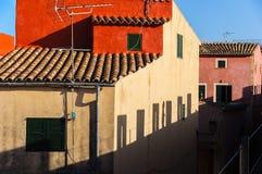 Живописный взгляд старых зданий стоковое фото rf