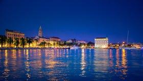 Живописный пейзаж портового района и гавани в разделении, Хорватии стоковая фотография