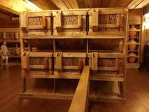 Животные клетки внутри реплики ковчега ` s Noah на встрече ковчега Стоковое Фото