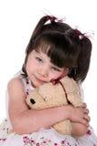 животный заполненный обнимать девушки Стоковая Фотография RF