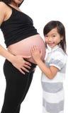 живот удерживания ребёнка стоковые фотографии rf