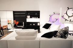 живущая белизна комнаты Стоковые Фото