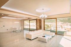 Живущая комната в квартире Стоковые Изображения RF