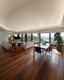 Живущая комната роскошной квартиры Стоковая Фотография RF