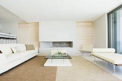 Живущая комната с украшением стоковое изображение rf