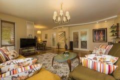 живущая самомоднейшая комната Стоковое Фото