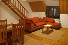 живущие лестницы комнаты Стоковые Изображения