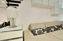 живущий самомоднейший тип комнаты Стоковое Изображение RF