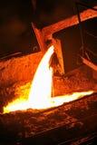 жидкостный лить металла стоковые фотографии rf